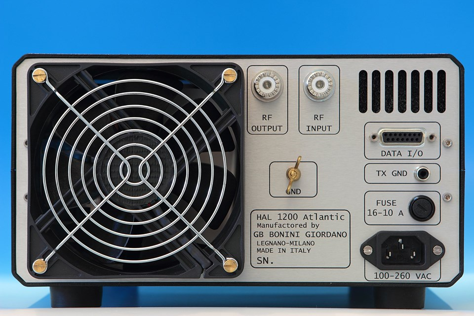 Amplificatore HF HAL 1200 - 2
